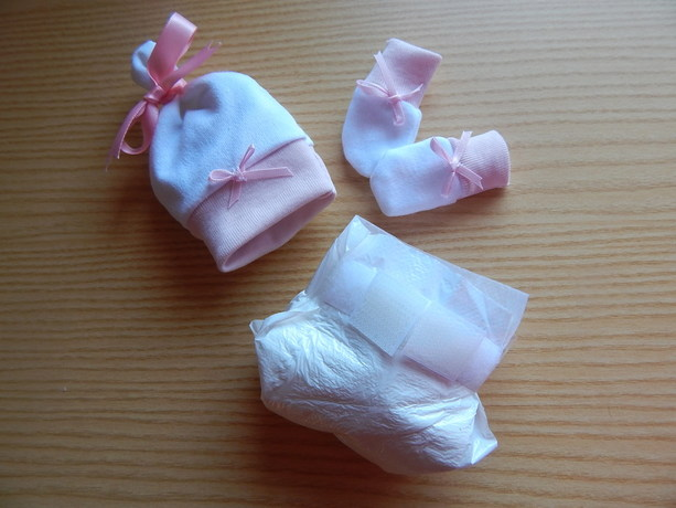 miscarriage baby burial clothes LAYETTE Hat nappy mitts pink born 20-21 WEEKS
