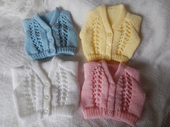 very small Knitted Cardigan TULIP born at 24-25 weeks