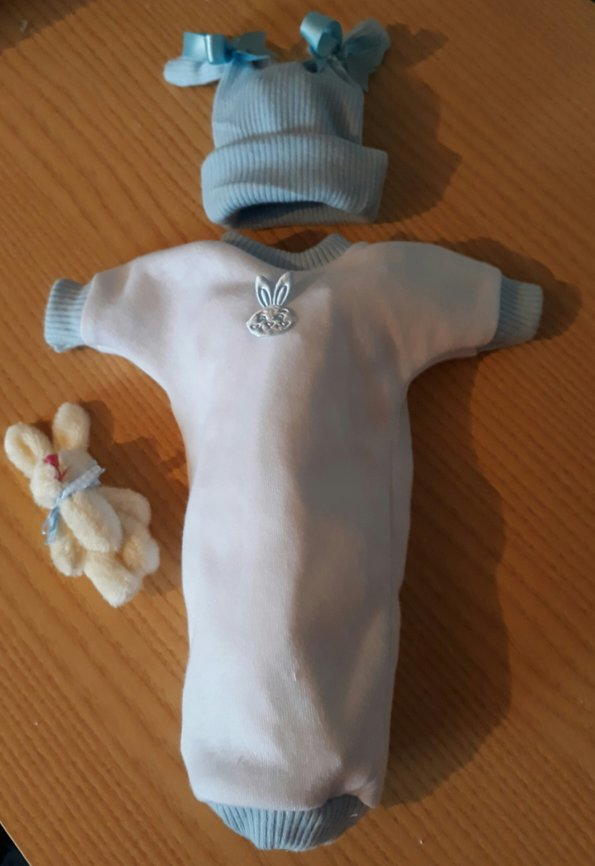 boys smallest baby burial clothes stillbirth at 20 weeks BUGSY BUNNY