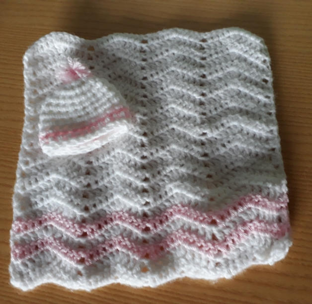 miscarriage at 20 weeks baby girls burial blanket for funeral casket ZOOM