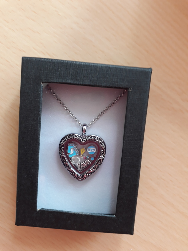 Baby Loss Awareness Memorial Jewellery heart little pendant A KITE SO HIGH