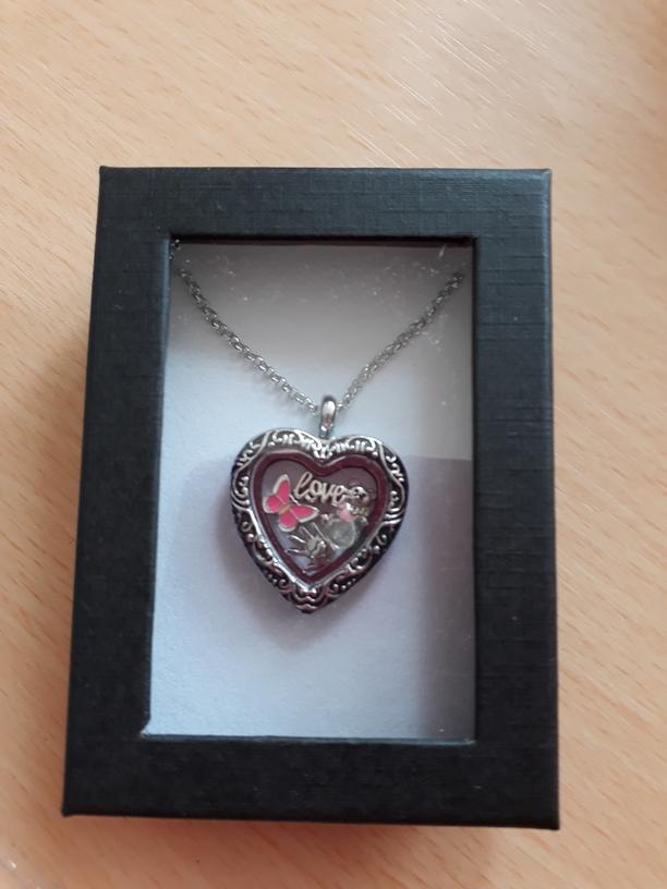 keepsake Memorial Jewellery gift heart pendant FLUTTERBYES
