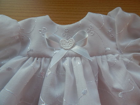 baby loss Girls Burial gown white dress LILYLOVEHEART 3-4lb cute