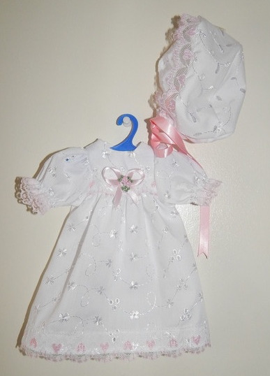 pretty girls baby burial dress gown sizes in 0-1lb LOVING YOU white pink hearts