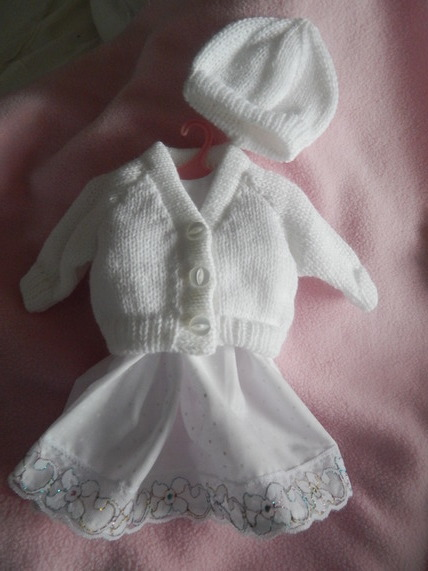 infant Girls baby burial clothes Gown Dress ALL THAT GLITTERS born 22-24 weeks