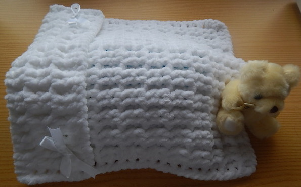 unisex baby burial blankets LUXURY SNUGGLES born 23-25 week white