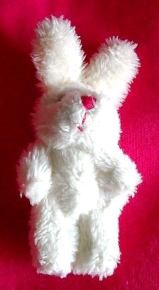 TINY gift BINNIE BUNNY 4cm smallest teddies