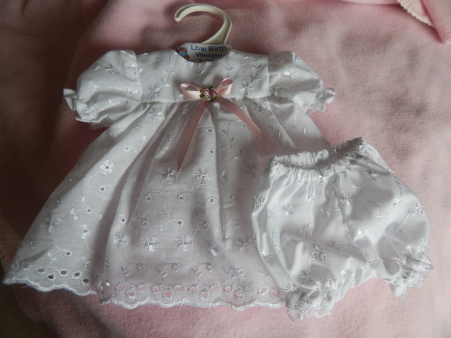 infant girls burial clothes dress bloomers set PERFECT ROSE 2-3lb 1.3kg