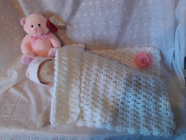 crochet baby blanket baby weighing 2-3lb  TINY BLOSSOM