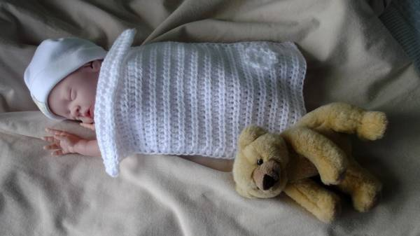 Tiny Baby burial blanket 16-20week pregnancy baby loss CHERISHED CHILD coffin blanket