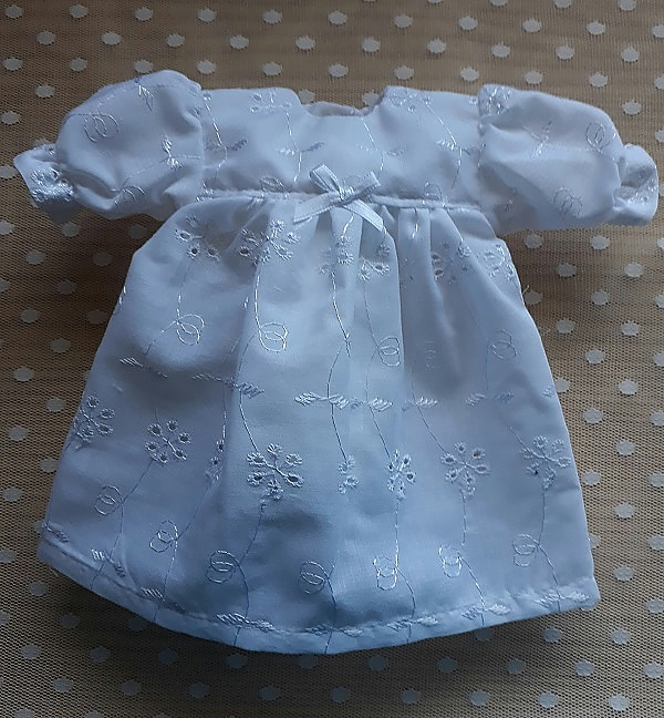 smallest  baby burial gown dress little girls Weighing 1lb  BURSTING BLOOM 23-24 WEEK