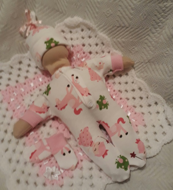 stillborn baby Loss clothes babies burial born 24 weeks FRIENDLY FAIRYTALE pink
