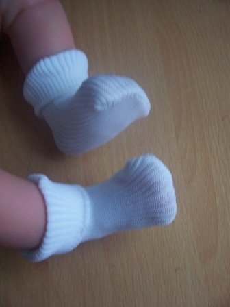 UNISEX premature baby burial clothes white Socks babies born 18 -22 weeks 0-1lb