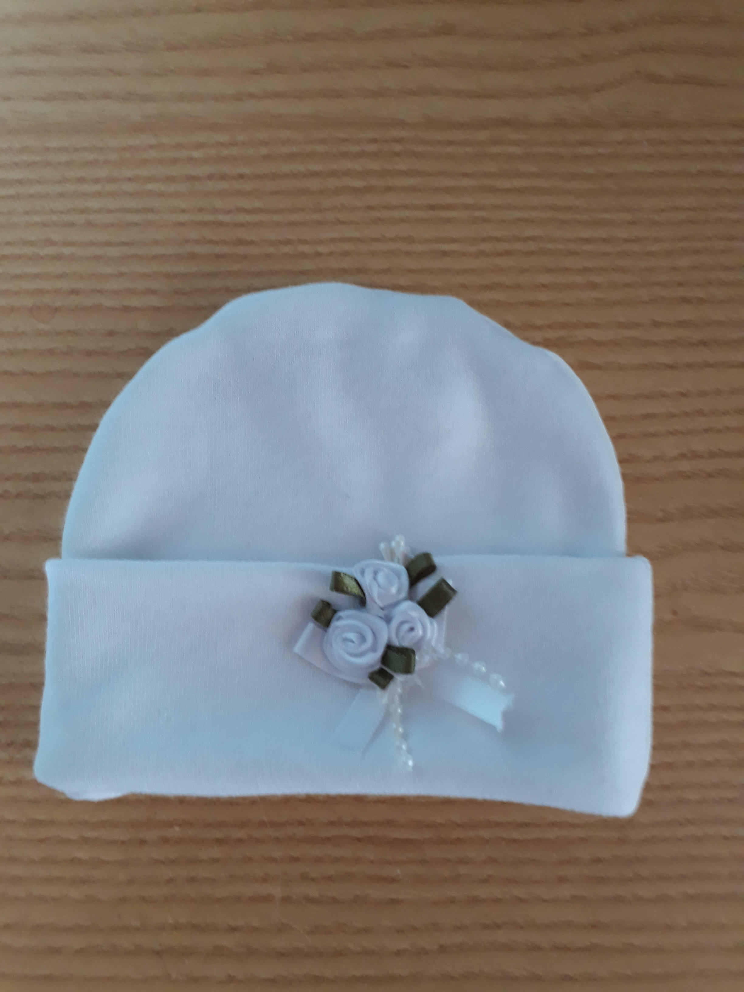 miscarriage baby burial beanie hat white GLORIOUS ROSES born at 20 weeks