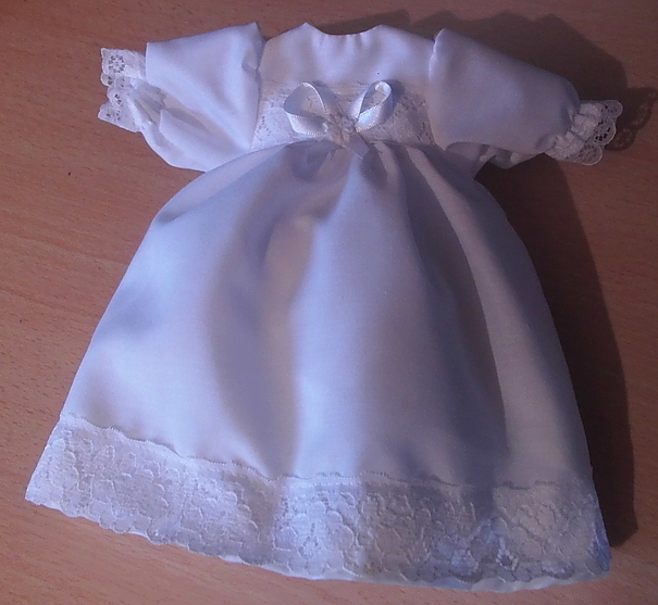 smallest girls baby burial gown set White BUDDING FLOWER 0-1lb born 22-24week